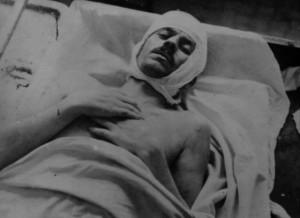 Josef Šandera v nemocnici pod dozorem gestapa po pokusu o sebevraždu