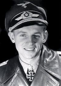 5-pilots-jg52-erich-hartmann-08