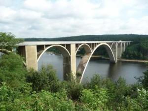 80813_podolsky_most