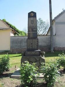 drahotesice-pomnik