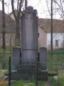 hurky-pomnik-padlym