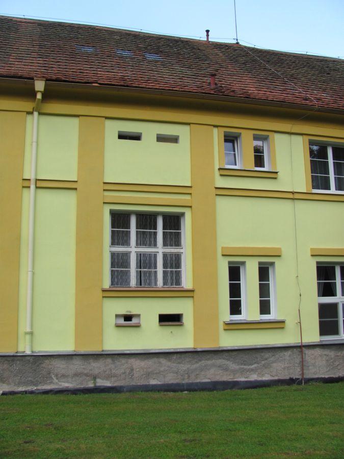 leve-sklepni-okno-upraveno