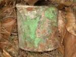 plechovka-od-zelene-barvy-kat