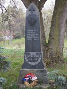 pomnik-padlych-hvozdno