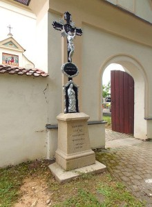 pred-kostelem
