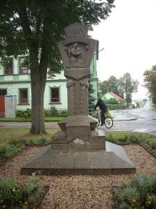 zimutice-pomnik-padlych-225x300