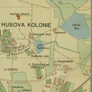"""Na plánu města z 50. let je severně od původní pohodnice zachycena nová kafilerie - """"spalovna"""""""